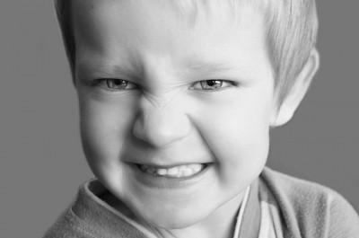 prótesis bucal, dolor, dientes,traumatismos, fractura, caries, pulpectomía, hijos